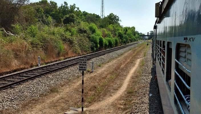 Brahmavara: Corpse found in railway track, suicide suspects